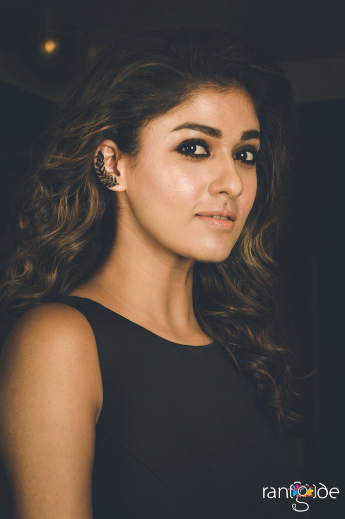 Actress Nayanthara 2016 Film Fare Event Gallery Gethu Cinema