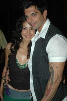 Karan Singh Grover Family Wife Son Daughter Father Mother ...