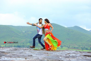 Ram Karthik Bhanu Sri starring Iddari Madhya 18 Movie Stills  0007.jpg