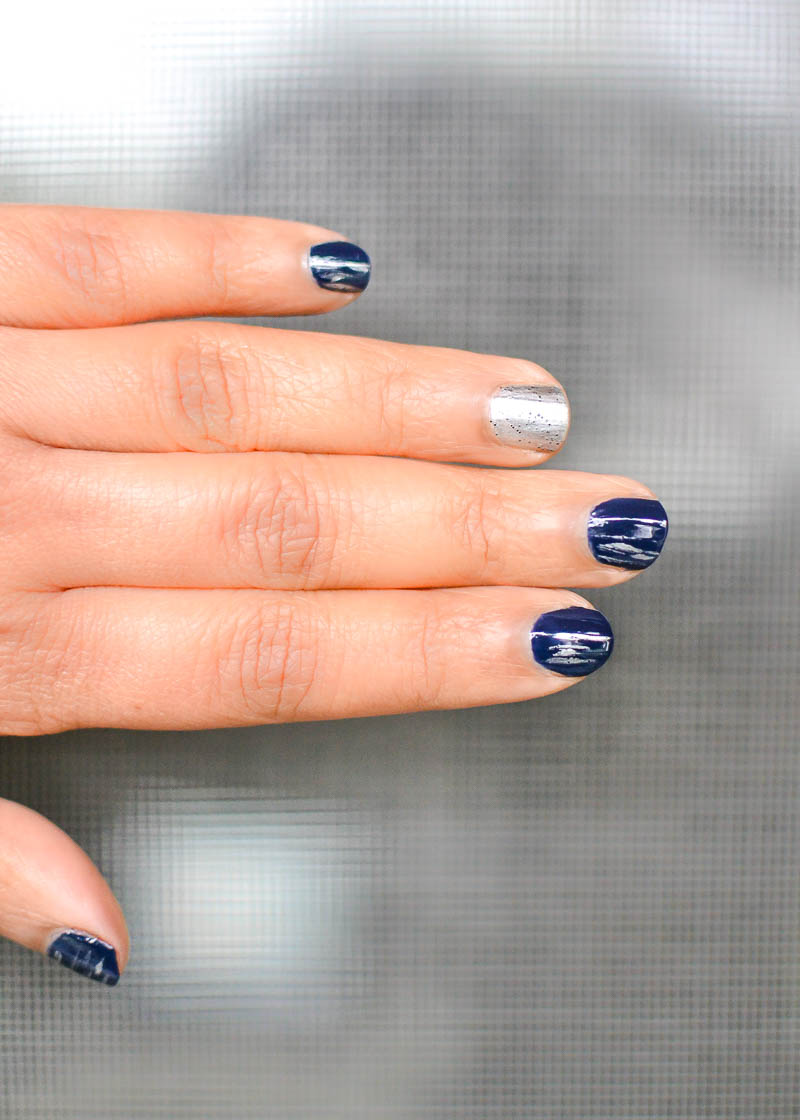 Easy Silver Grey Blue Nails with Sally Hansen Miracle Gel Polish in Midnight Mod and Rock On