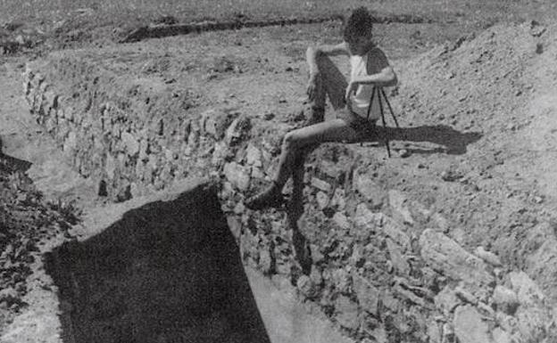 Las excavaciones de los años 60 en la zona de la cisterna. Foto: Archivo Muñoz Gambero.