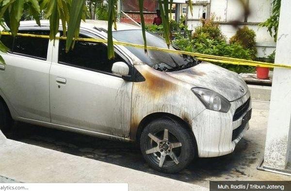 Teror Kain Api di Semarang
