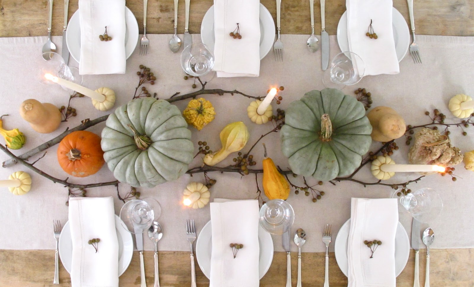 Jenny Steffens Hobick: Thanksgiving Table : Pears