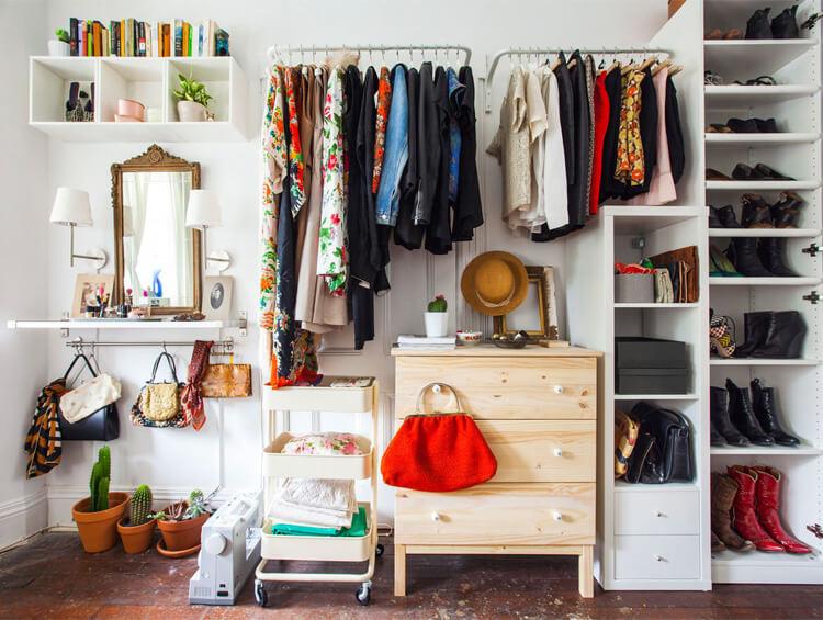 cambio di stagione, decluttering, armadio