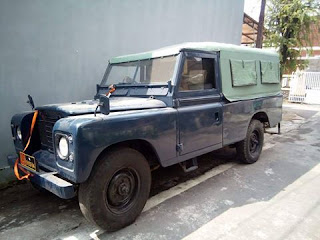PASAR MOBIL KLASIK BEKAS : Jual Land Rover Klasik Layak Di Koleksi - SOLO