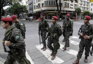 GLO - As Forças Armadas nas ruas