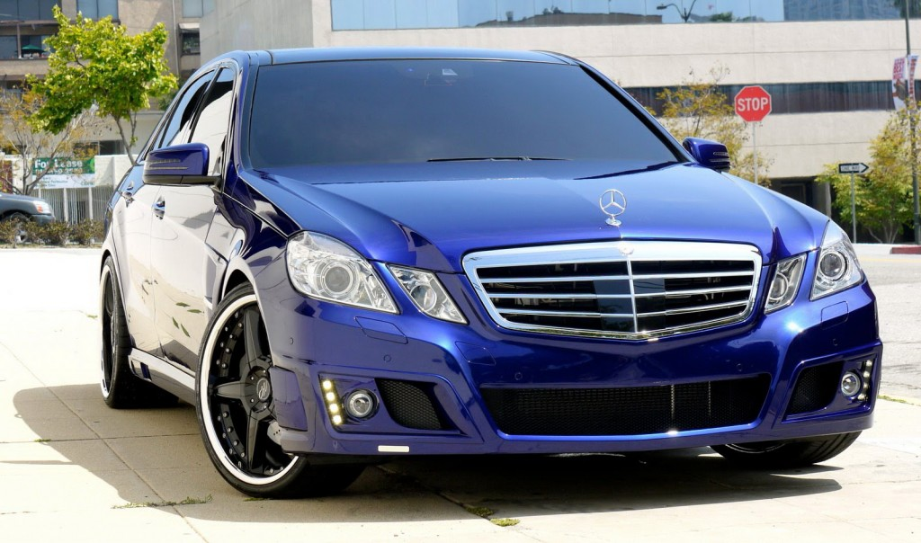 Blue Mercedes Benz W212 Transformers 3 Cars