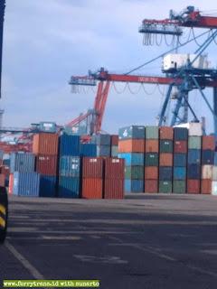 Jasa Export & Import Barang Surabaya Ahli Import Mesin Bekas/Baru