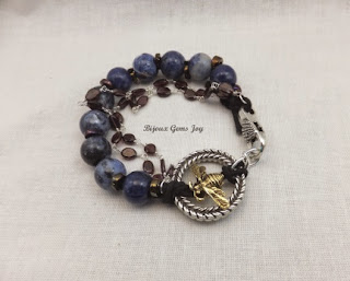 http://www.artfire.com/ext/shop/product_view/BijouxGemsJoy/9415333/bee_flight_bracelet_sodalite_garnet_chain__tb14001/design/jewelry/bracelets/gemstone