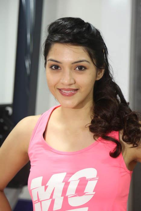 Mehreen Kaur at Fitness Health Club