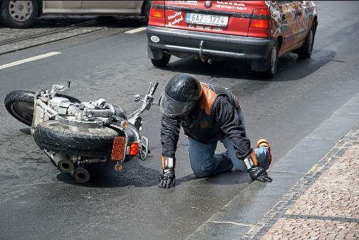 Possible Injuries in a Motorcycle Accident And What's the Role of an Accident Lawyer?