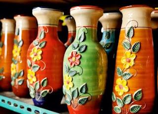 Contoh Kerajinan Keramik Dari Centra Keramik Dinoyo, Malang sebagai contoh potensi kerajinan berbahan alam di indonesia