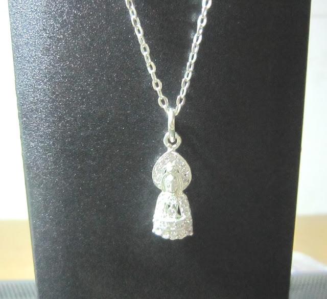 www.trangsuc.top - Mặt dây chuyền hình Phật Quan Âm M008  - Giá: 125,000 VNĐ - Liên hệ mua hàng: 0906846366(Mr.Giang)