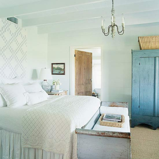 Cottage Style Bedroom Ideas: New Home Interior Design: Cozy Cottage-Style Bedrooms