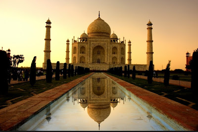 Taj-Mahal-Sunrise-Wallpaper
