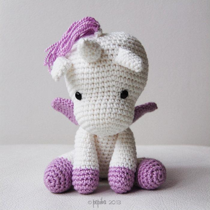 15 Adorable Unicorn Crochet Patterns