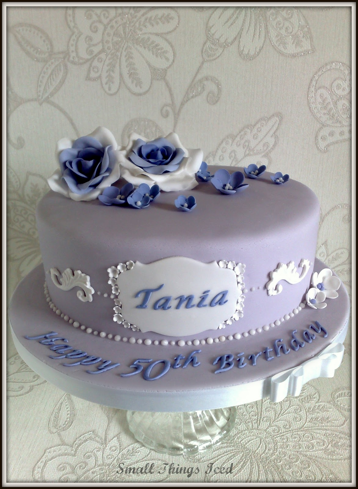 Small Things Iced VINTAGE BIRTHDAY CAKE