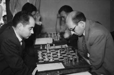 Partida de ajedrez Josep Sagarra (Mequinença) - Ramon Gensana (Lleida) en 1954