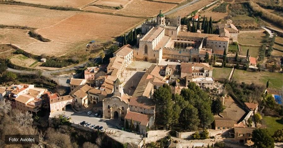 Viajar con el arte for Muebles abadia