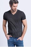 Tricou negru din colectia Guess Jeans.