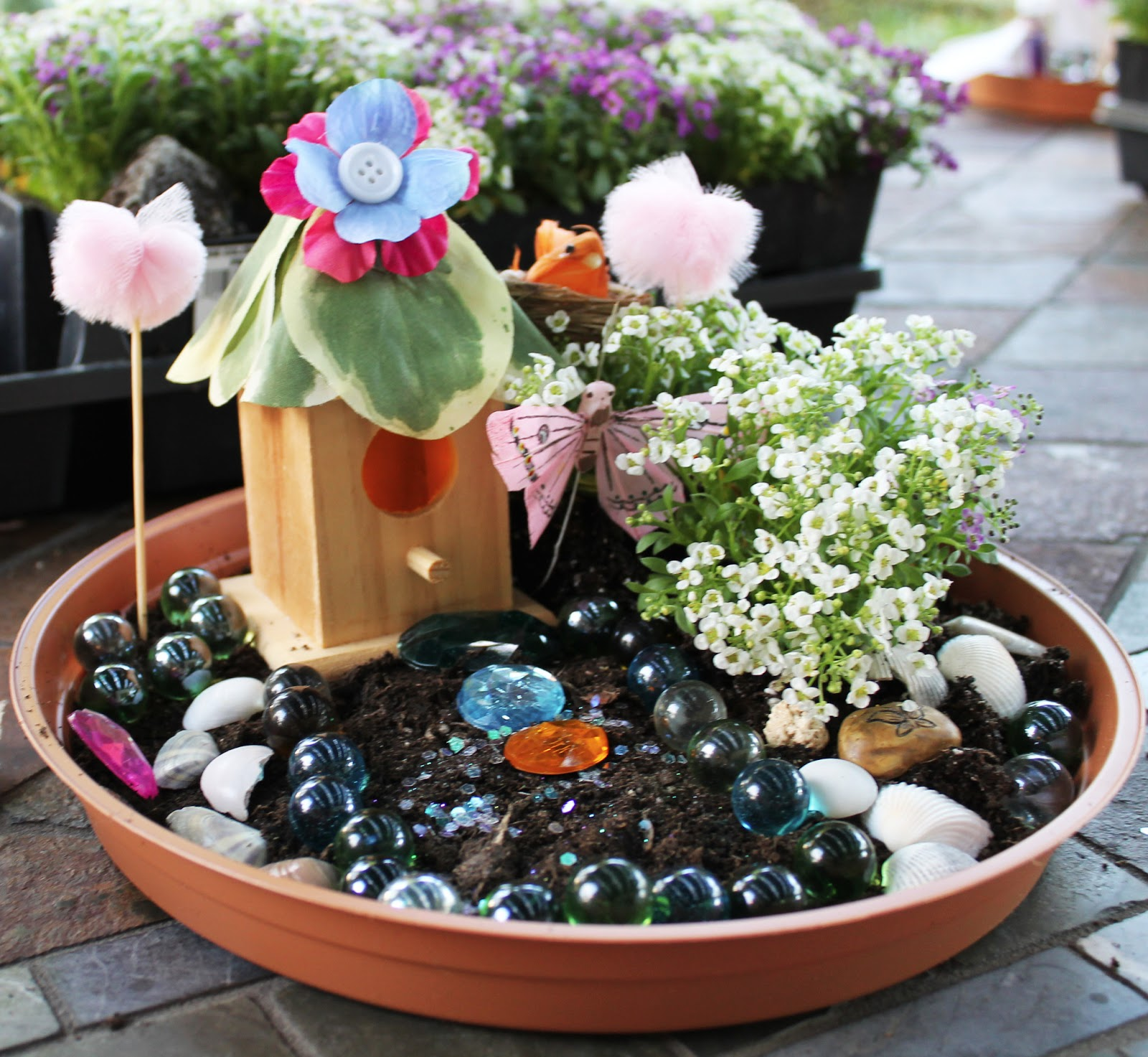 Magical Fairy Garden Designs: Creatively Quirky At Home: Emelia's Magical Fairy Garden