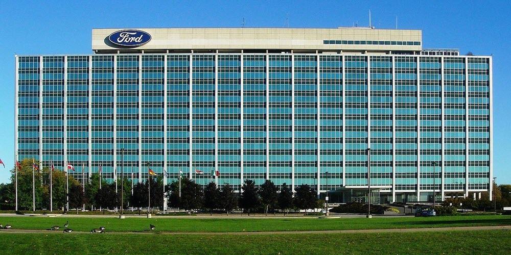 La empresa Ford Almussafes (Valencia) quiere despedir casi 500 trabajadores de la fábrica