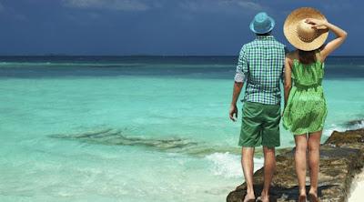 10 أسباب تجعل المرأة تفضل وتحب الرجل كثير السفر والترحال امرأة جزيره رحلة اجازة صيف woman man couple summer island vacation holiday