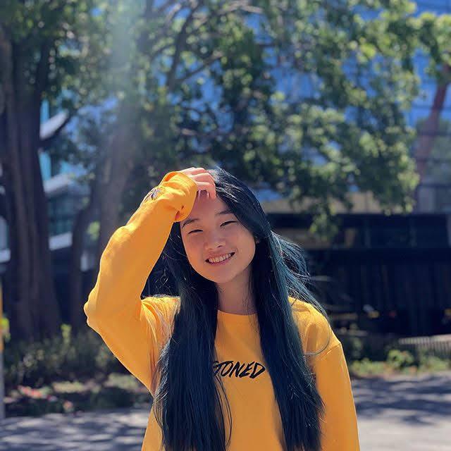 Xin Yi 23
