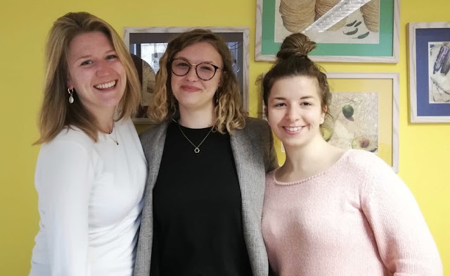 Students at Cashel Travel in 2019