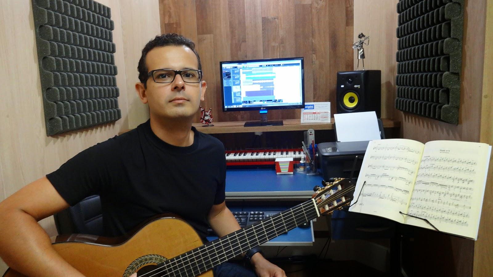aula de violão, guitarra, ukulele, harmonia em guarapari, online, skype, joão daniel