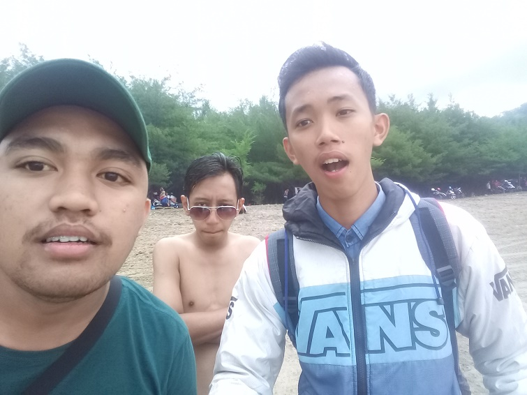 pantai sine tulungagung 2018