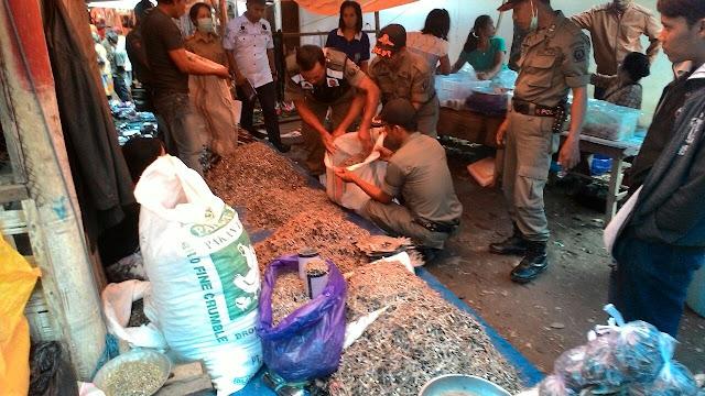 Aduh! Di Pasar Rantetayo, 94,8 Kg Ikan Berformalin Dijual Dengan Bebas