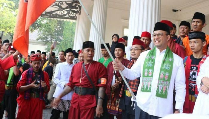 Anies Minta Jawara Betawi Jaga Jakarta