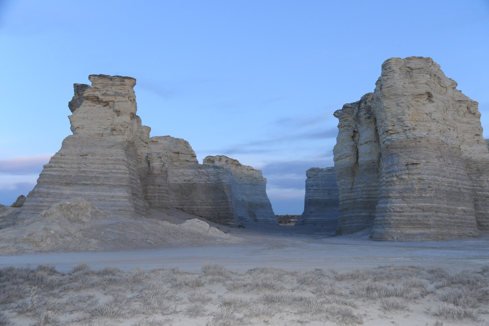 Kansas gove county grinnell - Monument Rock Located In Gove County
