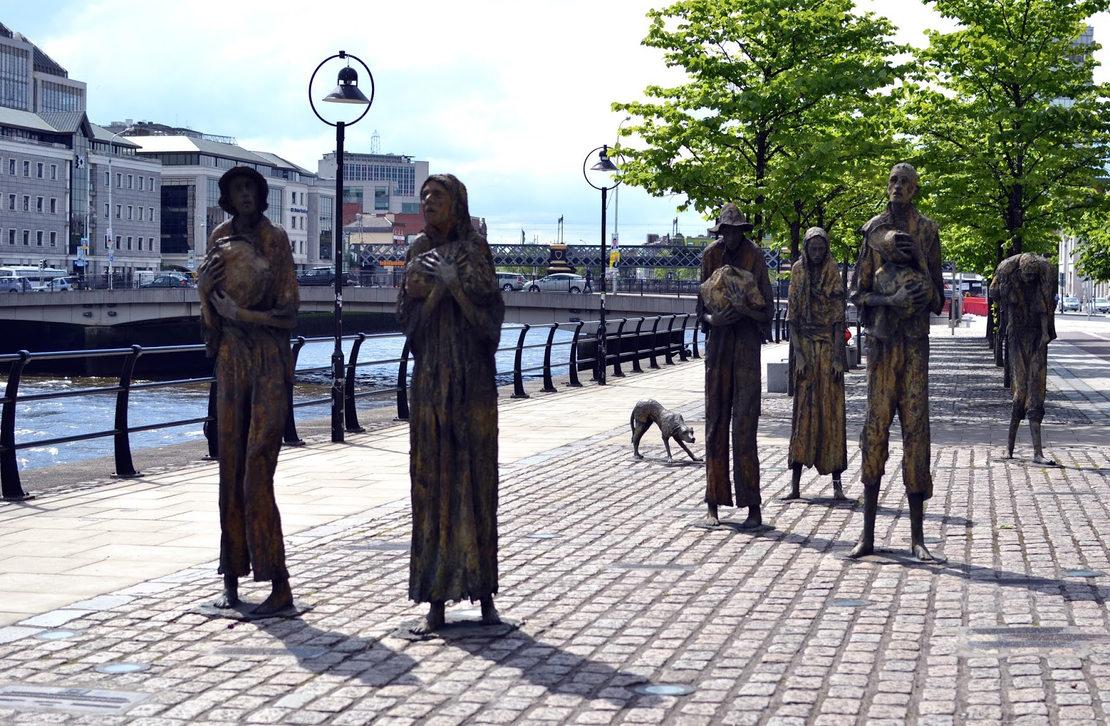 famine memorial, jeanie johnston, long ship, irish immigrants, Dublin, Ireland, Europe, things to do in dublin, guide to dublin, travel blog, travelling, the custom house, liffey, ireland photography, dublin photography, eire, Guinness, temple bar, irish pub, traditional, cobbled street, beautiful, docks, dublin spire, O'Connell street, post office, LUAS, tram, Dublin Castle, half penny bridge, ha'penny bridge, liffey bridge, wellington bridge, book of kells, Trinity college, sculpture, library, long room, st stephens green,