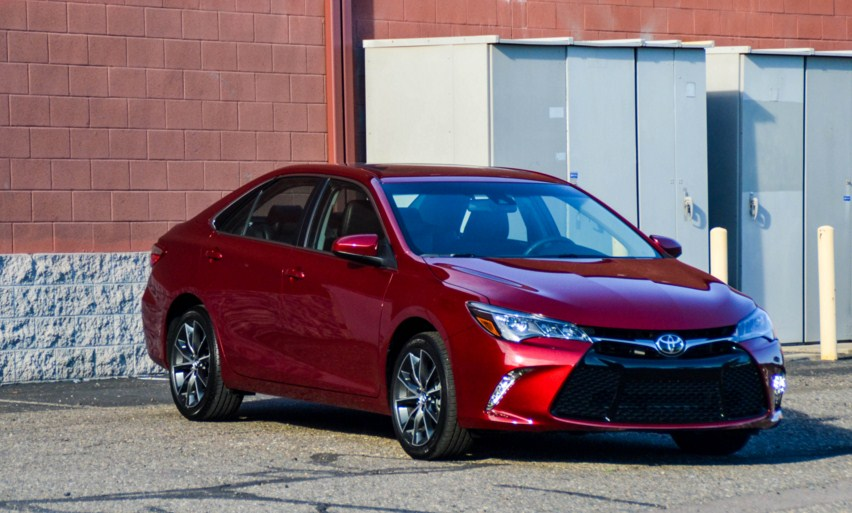 2018 toyota camry se rumors toyota overview. Black Bedroom Furniture Sets. Home Design Ideas
