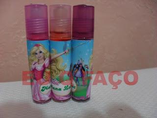 barbie e as três mosqueteiras, brindes da barbie, brilho labial, lembrancinhas, brindes, festa, infantil