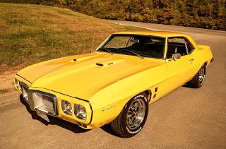 1969 Pontiac Firebird Sport Coupe Front Left