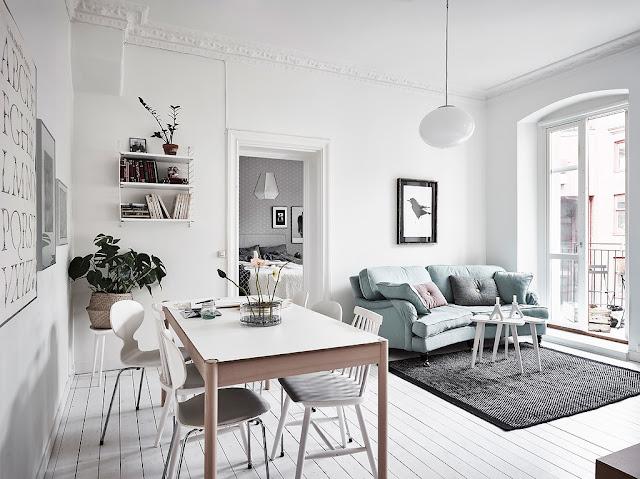 Accente pastelate de culoare într-un apartament tip vagon de 53 m²