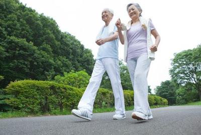 chạy bộ với người cao tuổi