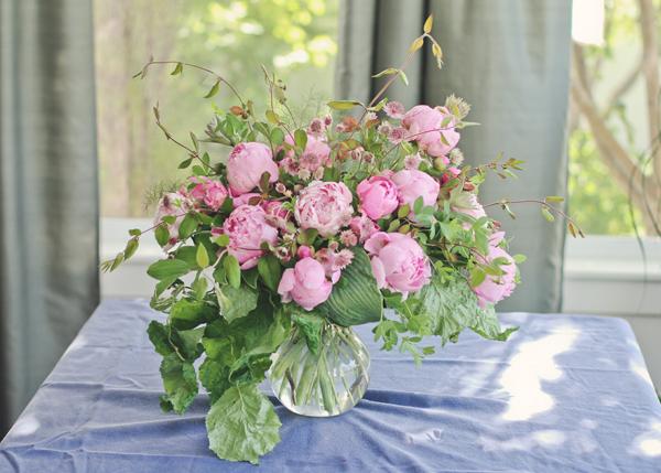 Vw Garden June Peonies In A Vase