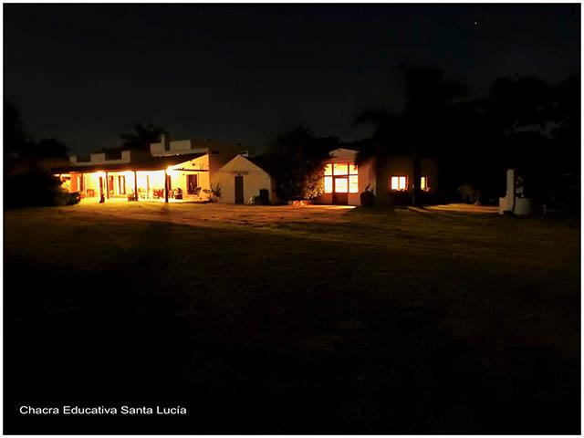 La chacra de noche - Chacra Educativa Santa Lucía