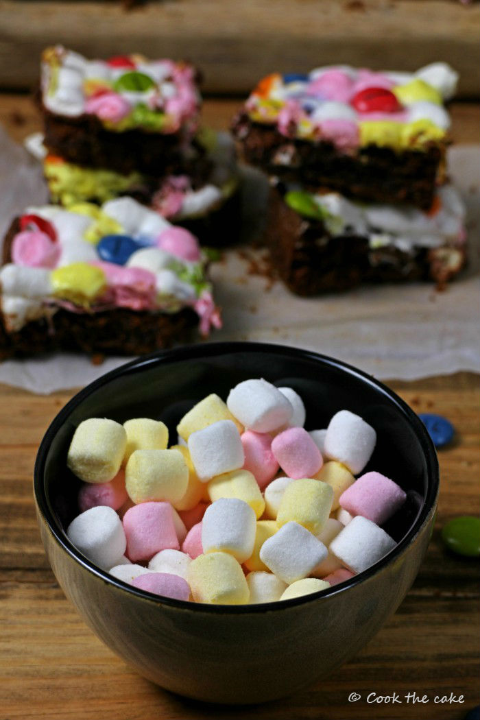 brownie-smore, lacasitos, postre-con-lacasitos, brownie-de-lacasitos
