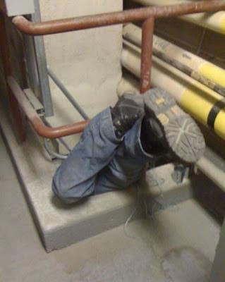 Fotos de trabalhos altamente perigosos ou insalubres
