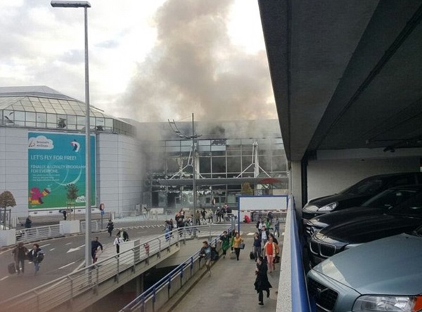 35 maut dalam tiga letupan bom di Brussels