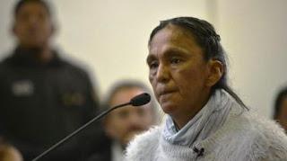 La dirigente estaba acusada por haberle tirado huevos al actual gobernador jujeño. La líder de Tupac Amaru seguirá presa.