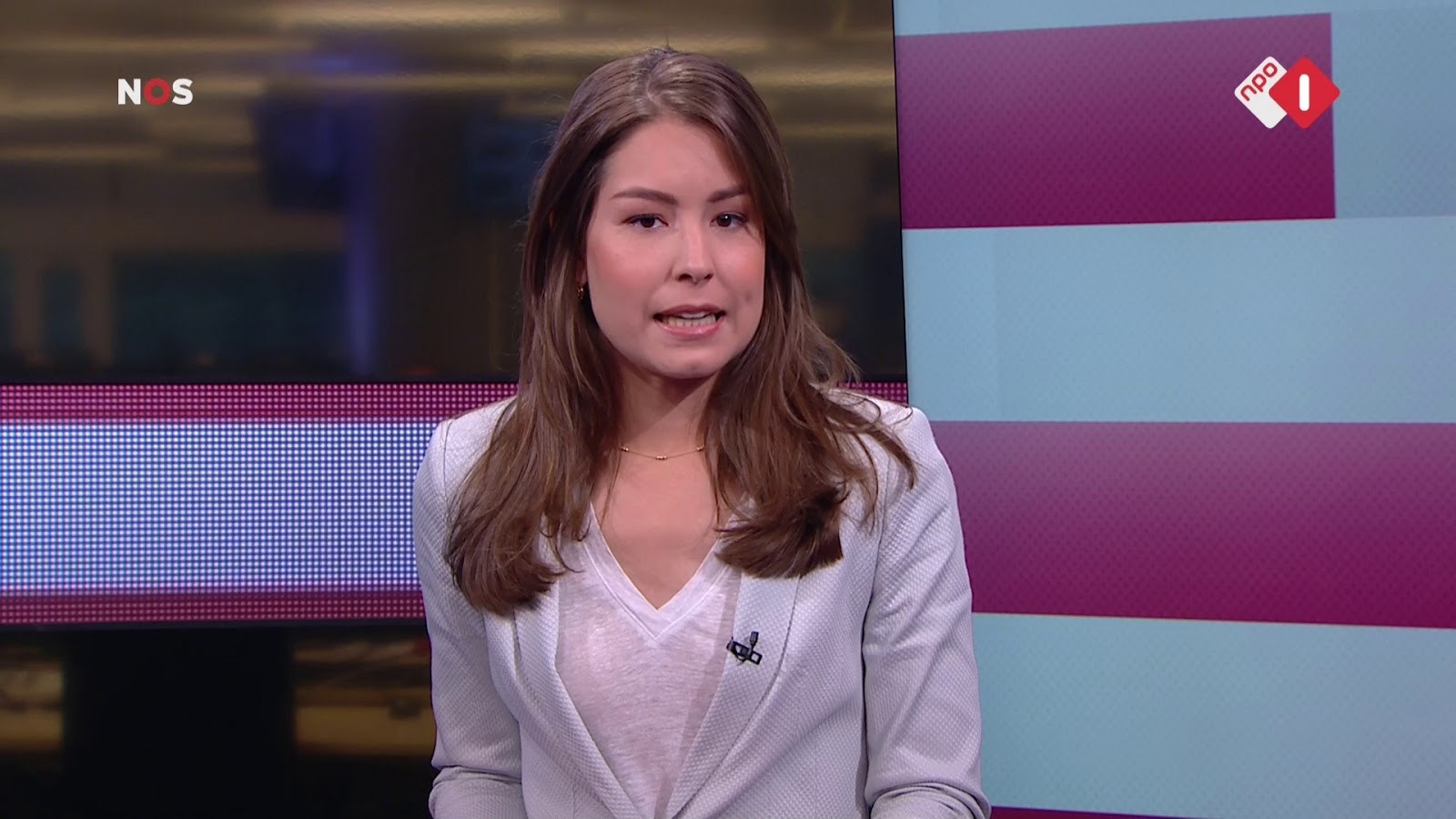 Amber Brantsen Amber Brantsen Presenteert Haar Eerste Nos