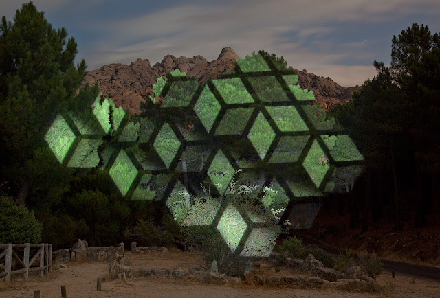 美しい光の幾何学?自然の中へのプロジェクトマッピング!【a】