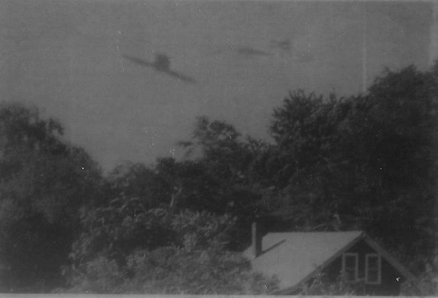 Flying Saucers Exist! Look at these Authentic 1950s Photographs  Flying%2BSaucers%2BPhotographs%2B%25282%2529