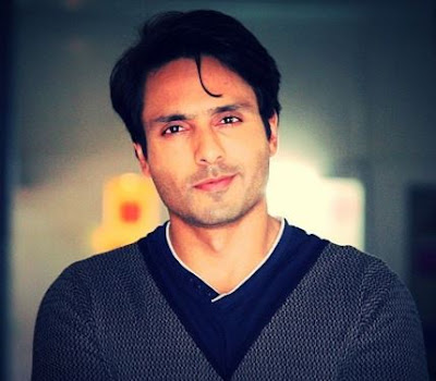 Iqbal Khan Family Wife Son Daughter Father Mother Marriage Photos Biography Profile